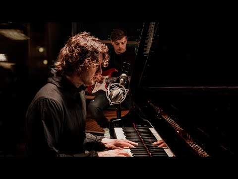 Martin Garrix & Dean Lewis - Used To Love (Acoustic Version)